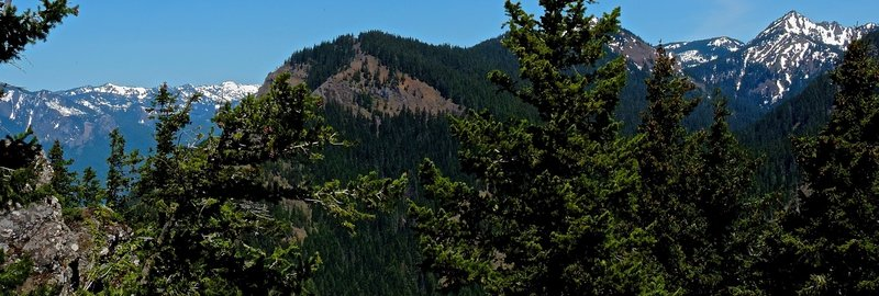 The view to the west, including Silver Peak and Kachess Ridge