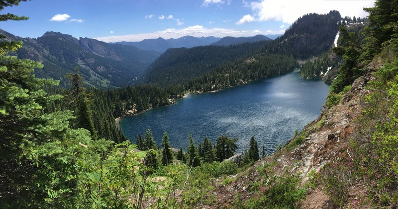 View of Rachel Lake from the trail towards Rampart Lakes