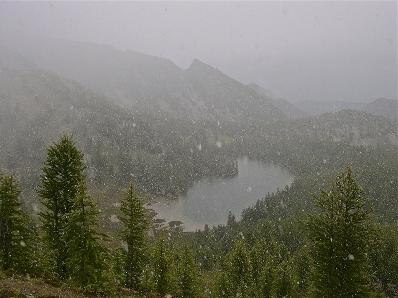 Early season snow on Cooney Lake from Angels Staircase Trail