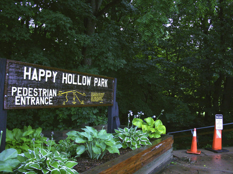 Happy Hollow Park n.orthern entrance
