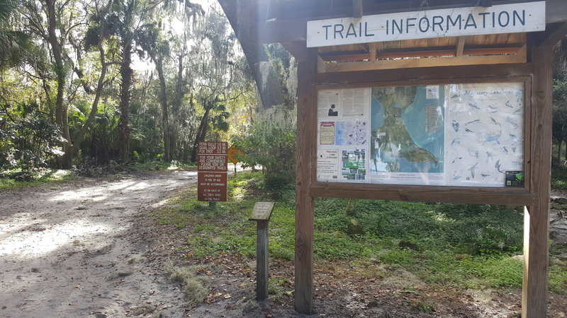 Trailhead at parking and playground / beach area.