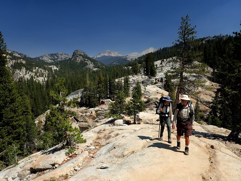 On the trail to Glen Aulin Camp