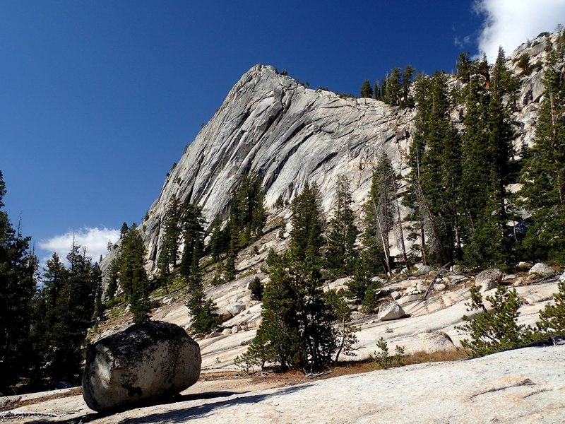 Granite along the Cathedral Fork Trail