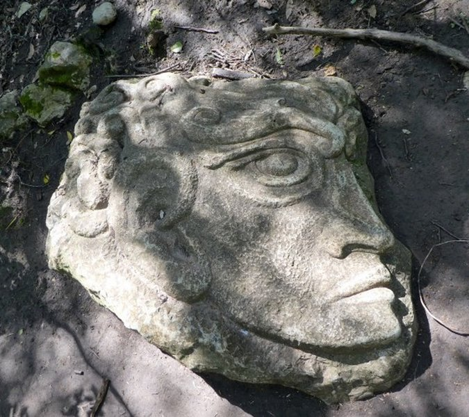 A sculpted head on the trail. Looks of Roman origin (?)