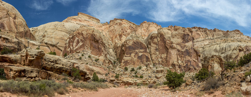 Towards the southwestern trailhead of Grand Wash, the canyon is wide but nonetheless very impressive