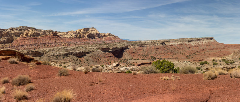 Red soil as Bell Canyon enters Sinbad Country