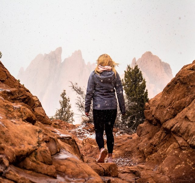 Snowy day in Garden of the Gods