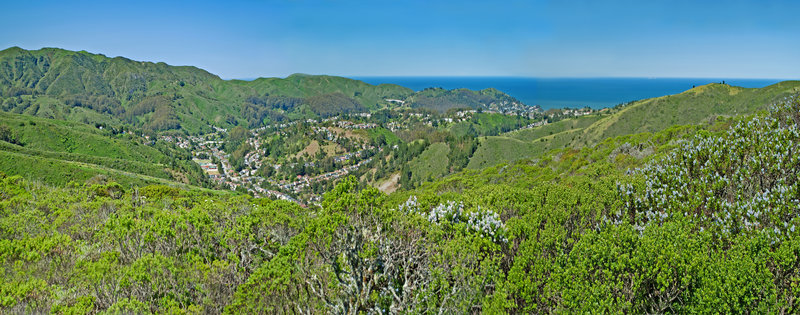 Looking towards Pacifica with Montara Mt. on the left and Cattle Hill on the right.
