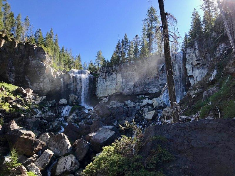 Take a good look of Paulina Falls
