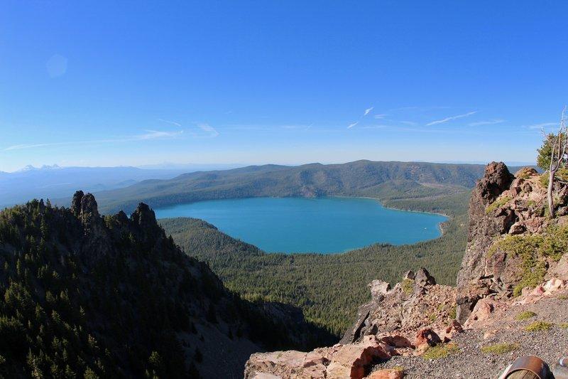 Overview of Paulina Lake