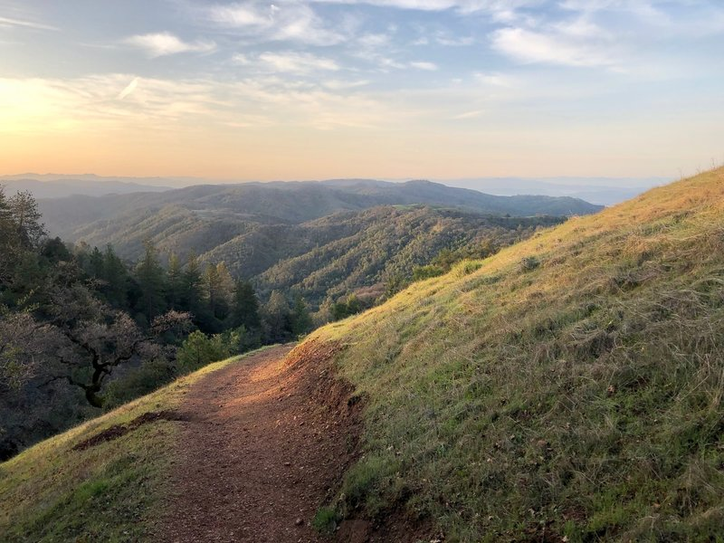 A beautiful spring sunrise on Henry Coe's Monument Trail