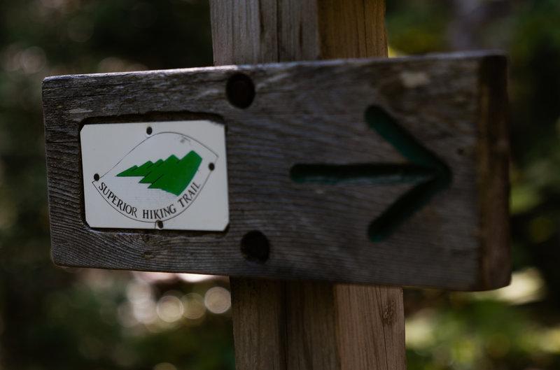 Superior Hiking Trail Arrow Sign