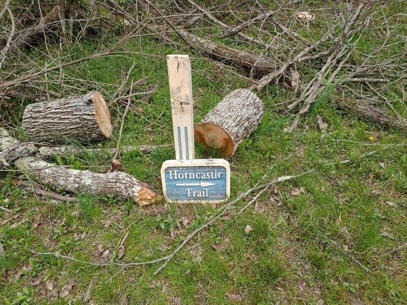 Trailhead Marker for Horncastle Trail.