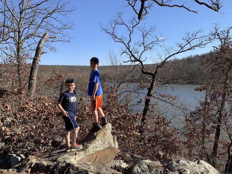 Viewpoint along Bixhoma Lake Trail