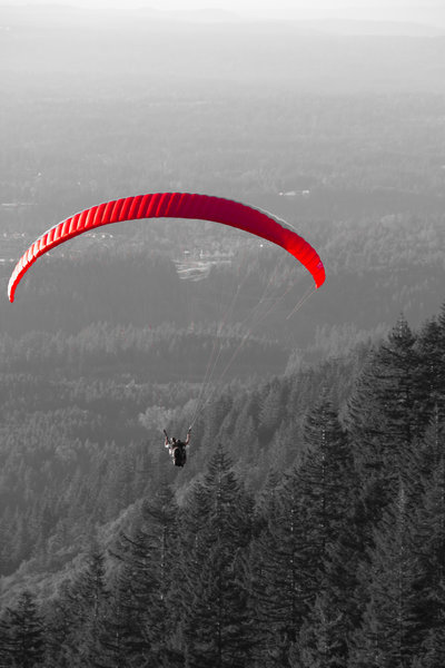 Paraglider off Tiger Mountain