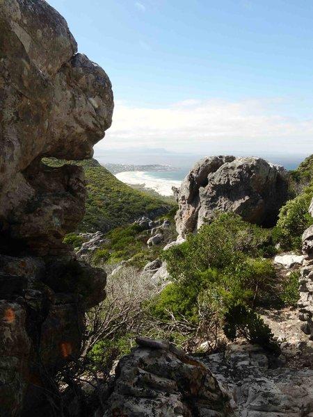Sandstone and quartz escarpment overlooking hangklip