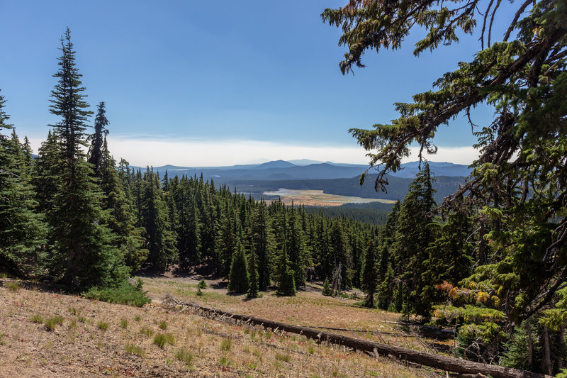 Sparks Lake from the Broken Top Trail.