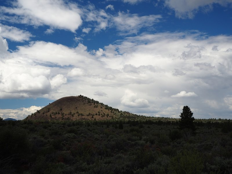 Schonchin Butte from the Missing Link Trail