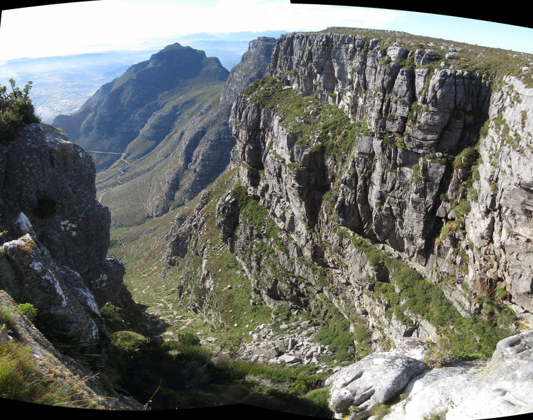 Looking down Plateklip Gorge from one of the overhanging cliffs. Devil's Peak and portions of the Contour Path also visible.