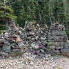 This conglomerate of cairns marks the actual pass.