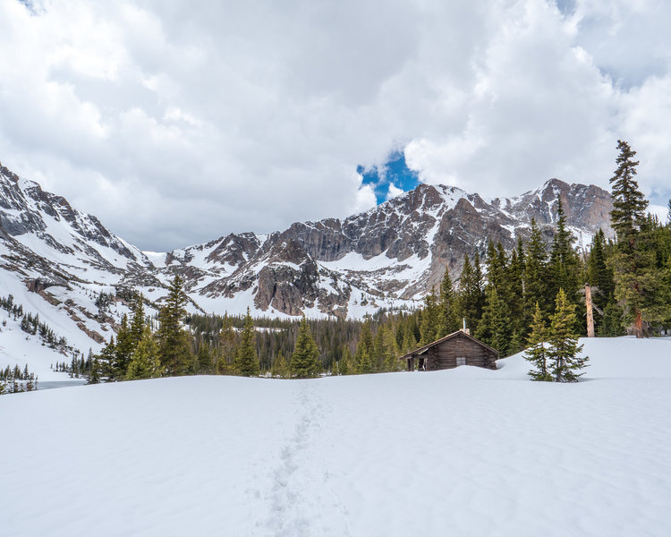 A view of the ranger hut on Thunder Lake.