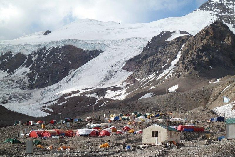 Plaza de Mulas camping area