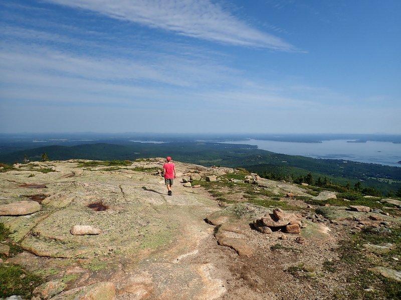 Descending the North Ridge Trail.