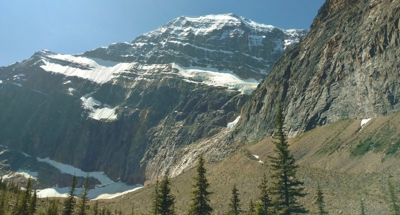 Mount Edith Cavell as seen from the trailhead.