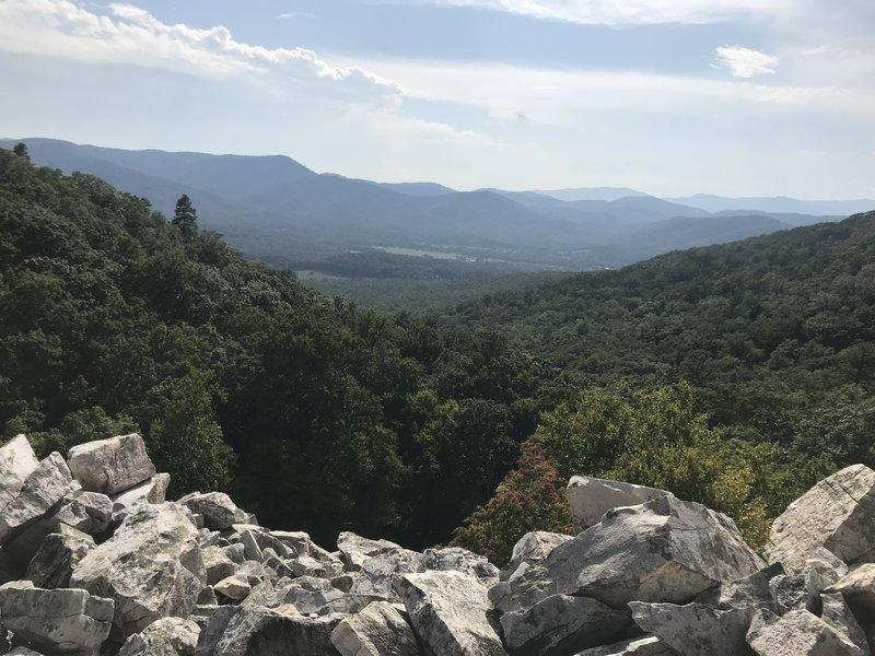 Edge of Devil's Marbleyard