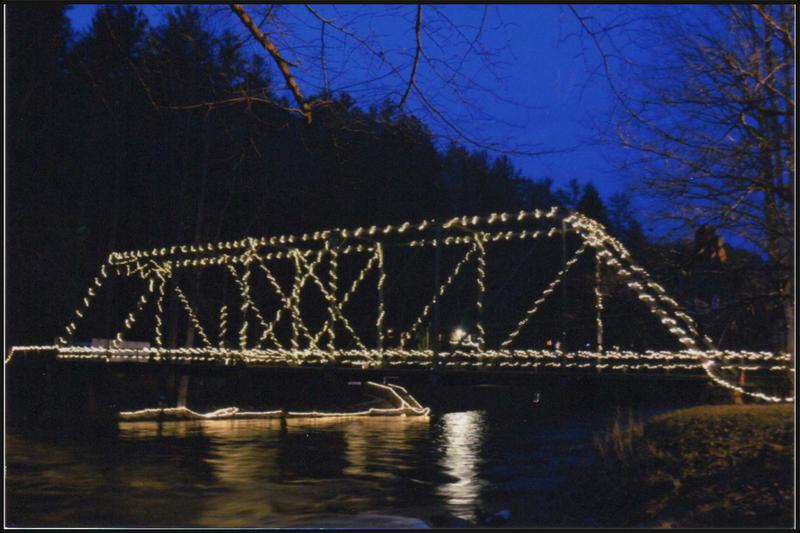 Shallowford Bridge at Christmas