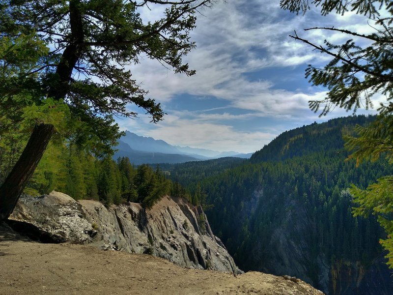 The deep canyon and mountains to the east, seen from Canyon Creek Trail.