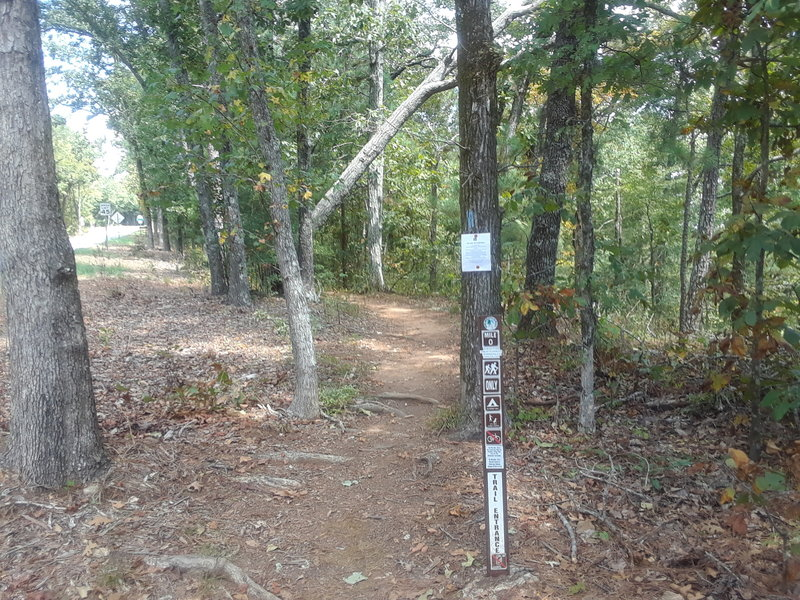 Western Terminus of the Pine Mountain Trail mile marker 0