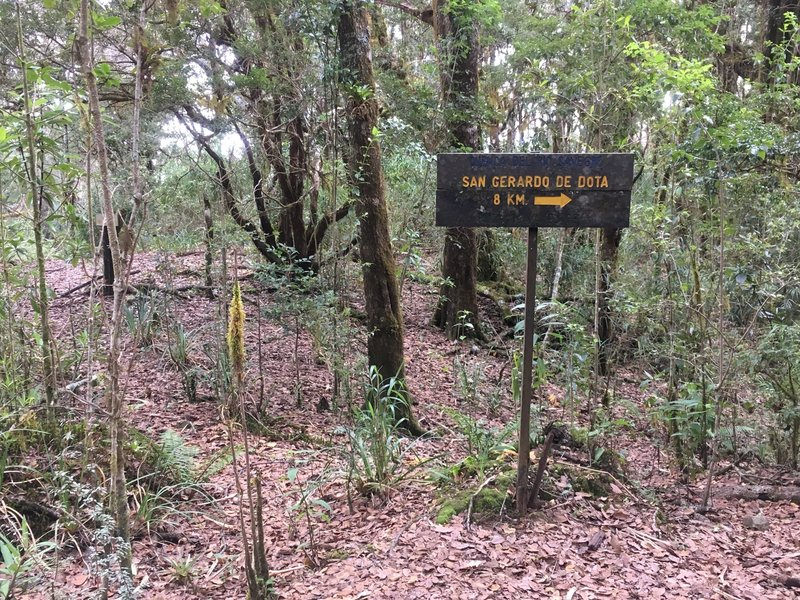 Sign along the trail