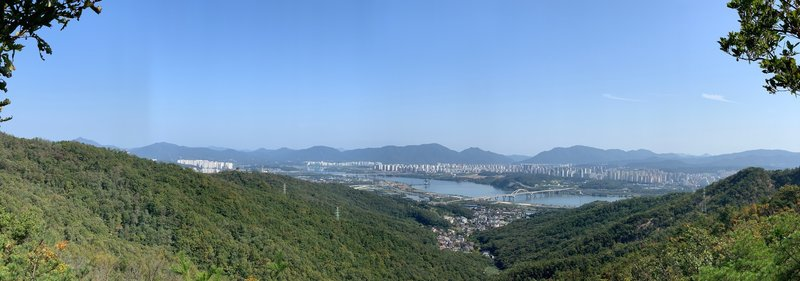 Views of the Han from Achasan Mountain