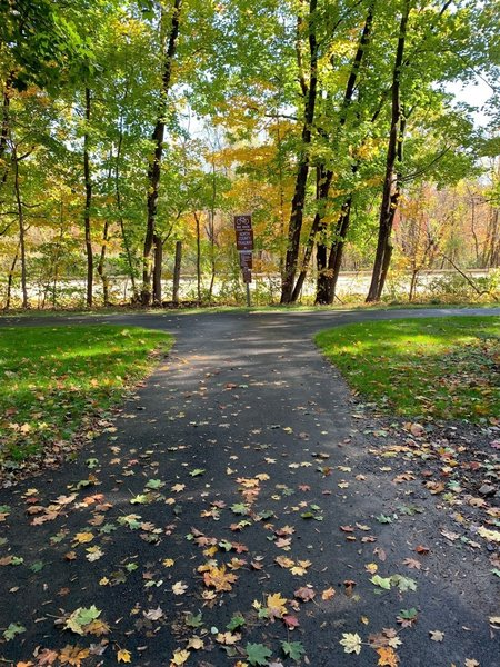 Access point to the North County Trailway located on South State Road in Briarcliff - roadside parking only.