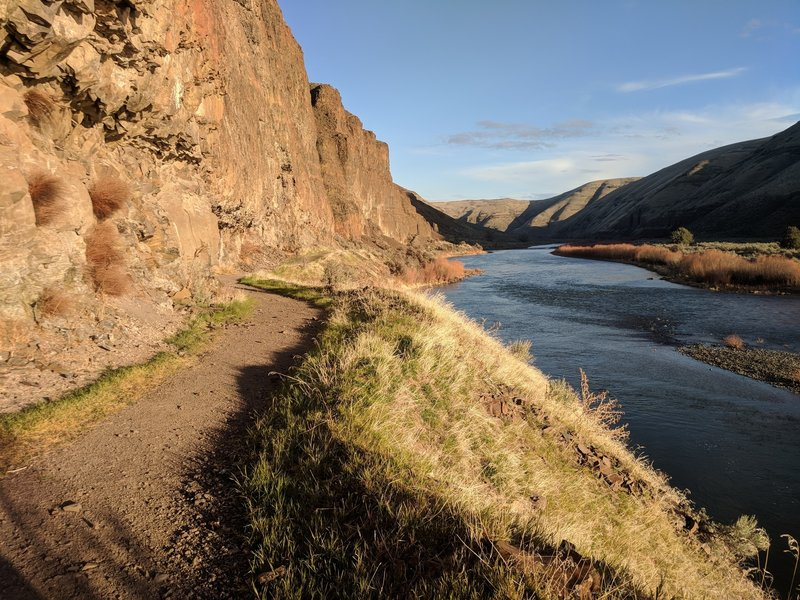sunset walk along the tail and river