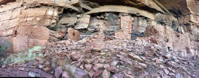 Ruins at Honanki