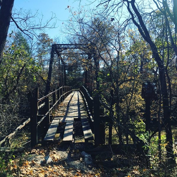 The bridge that you must cross to get to the trailhead! Super cool!