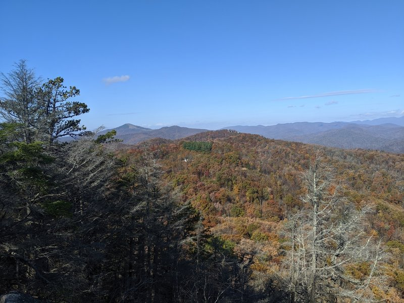 First lookout along Weed Patch Trail