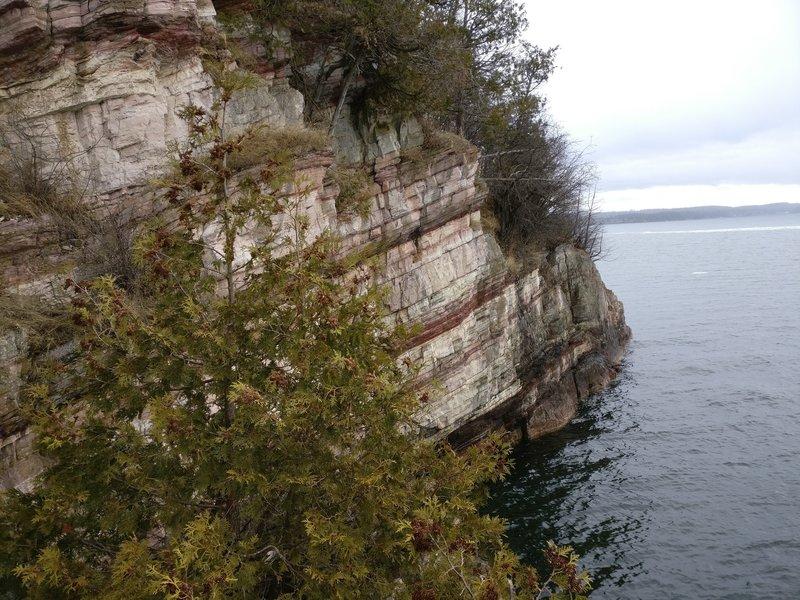 Views along Lake Trail