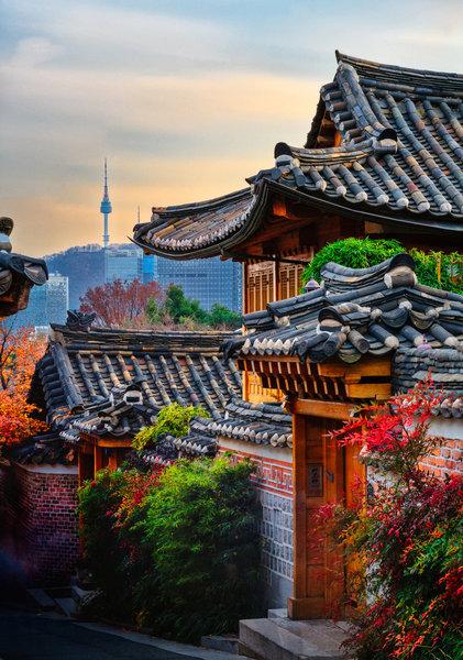 Bukchon Traditional Korean Village, near the Seoul City Wall Trail