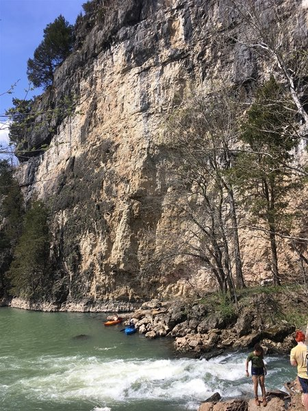 The massive bluff facing the trail. The castle remains are at the top of this bluff. Watch for rockfall if kayaking below, as pictured.