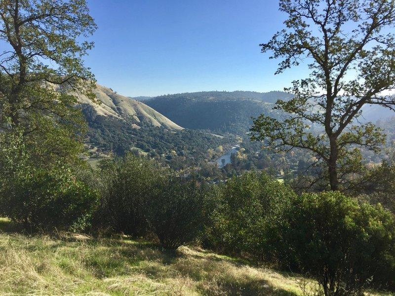 View along Monument Ridge Trail