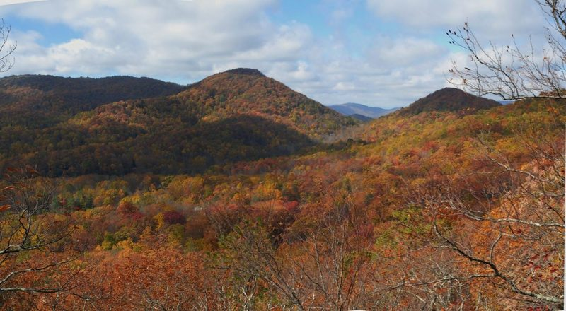 Views of the Hickory Nut Gorge from Rattlesnake Knob.