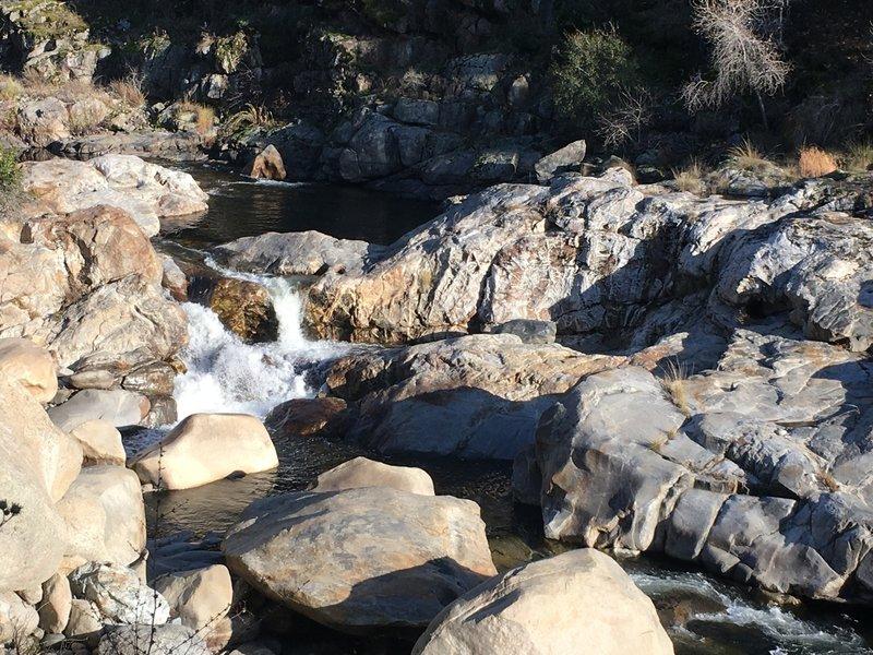 Looking at the Kaweah River from a big boulder