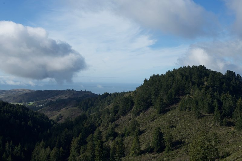 A view of the Pacific Ocean from the Whittemore Gulch Trail in the winter.