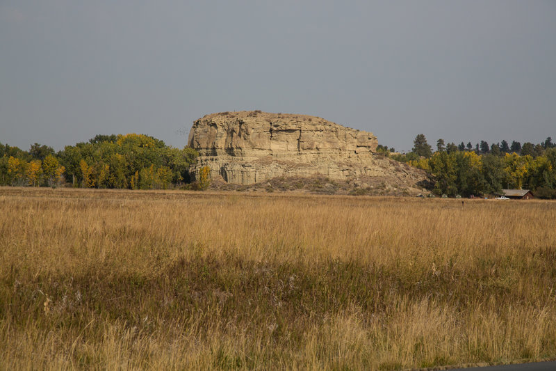 """""""Pompeys Pillar NM"""" by Bureau of Land Management Montana and Dakotas (https://tinyurl.com/yfn65eqk), Flickr licensed under CC BY-SA 2.0 (https://creativecommons.org/licenses/by-sa/2.0/)."""