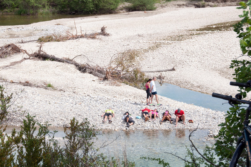 A rest at a tributary of the Verdon River