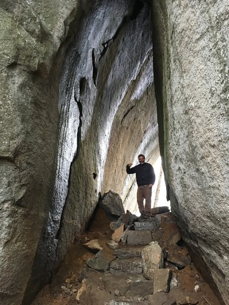 See the geologic wonders of the Tunnel Trail!