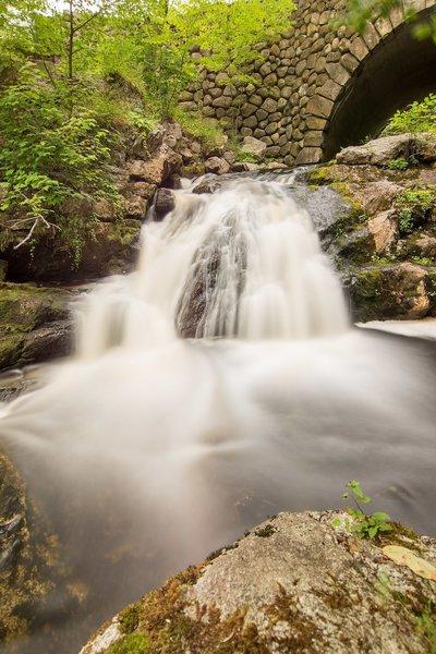Long exposure of Doane's Falls.